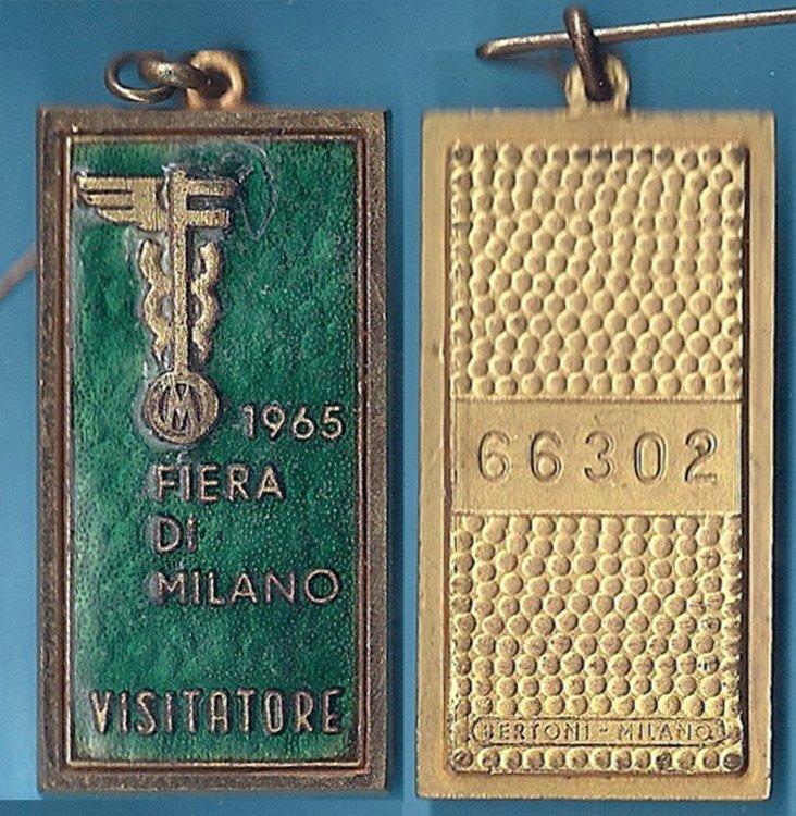 Distintivo Fiera di Milano 1965.jpg