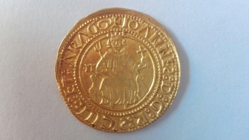 Giovanni II Reale oro - D).jpg