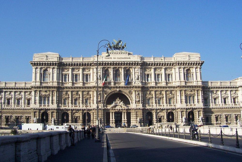 Palazzo di Giustizia.jpg