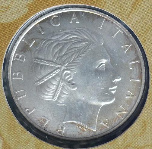 5 euro 2011.jpg