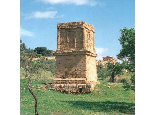 Tomba di Terone.jpg