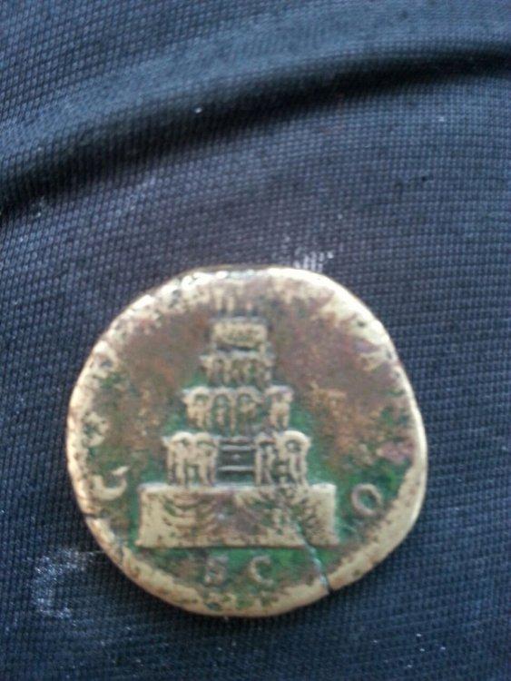 retro moneta.jpg