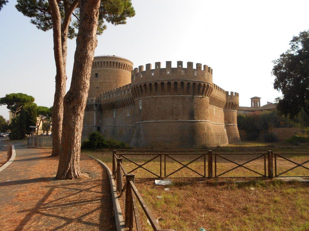 Castello di Papa Giulio II , secolo XV.JPG