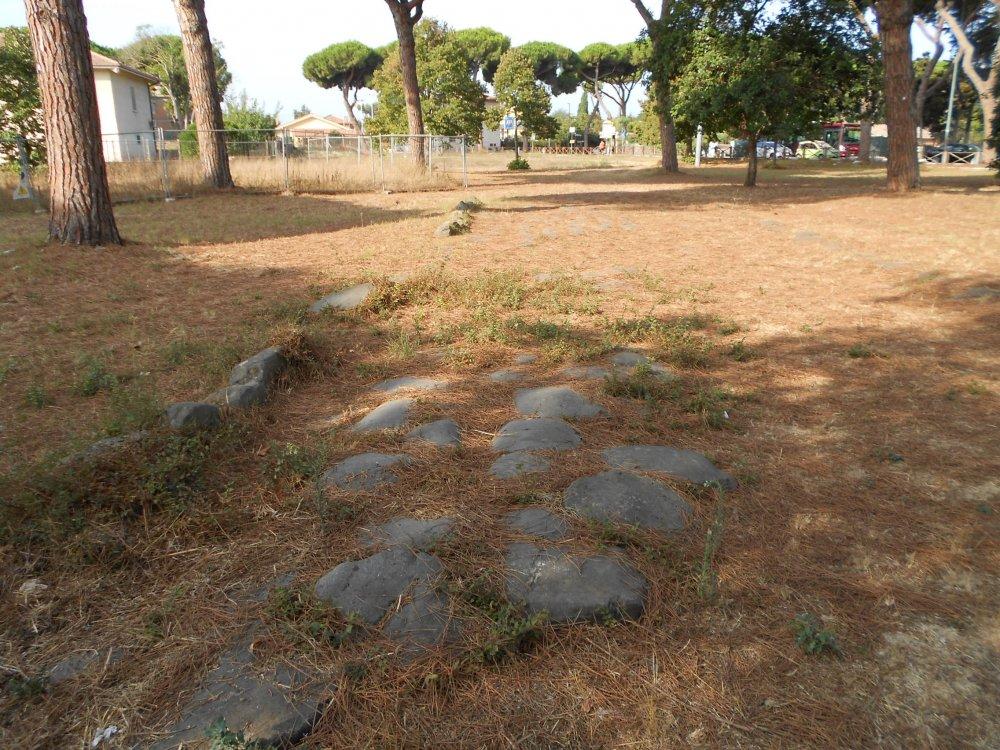 Basolato Via Ostiense.2.JPG