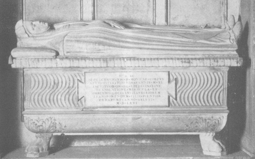 Tomba di Santa Monica nella Chiesa di Sant' Agostino.2 jpg.jpg