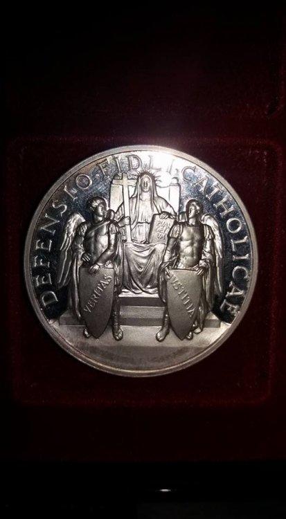 Pio XII Anno XI, 1949, ag 986 1000.jpg