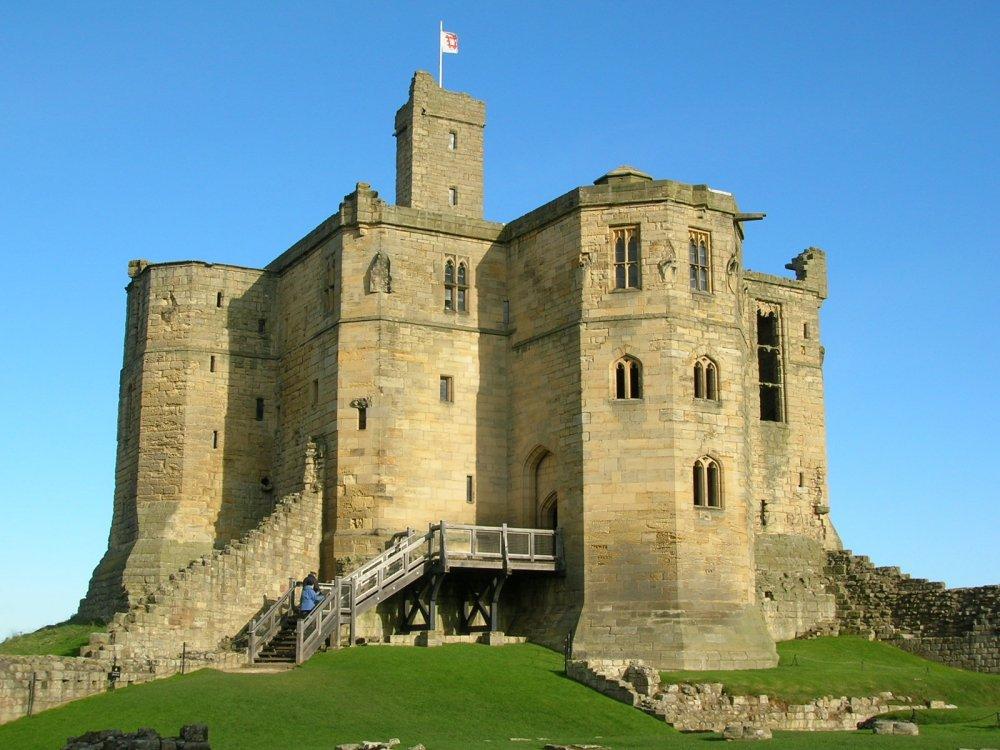 Warkworth_Castle_2.thumb.jpg.35c24c6dba3046f5503e83282fa33c0f.jpg