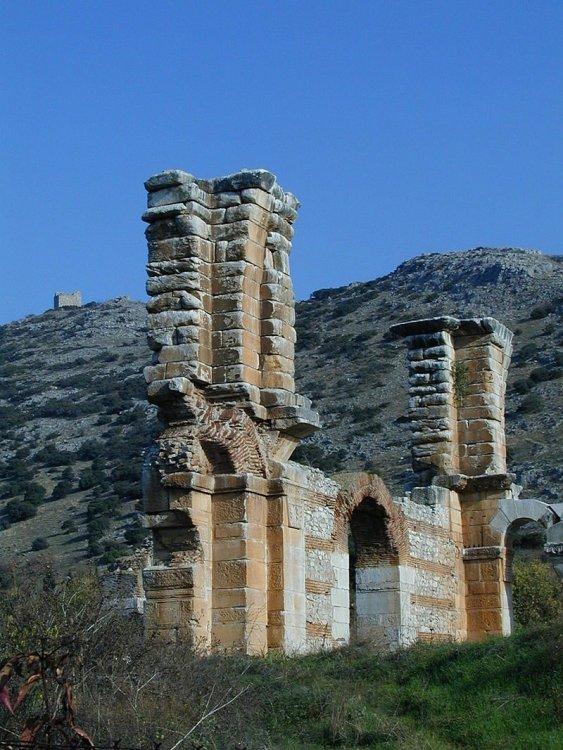 Philippi , Basilica.jpg
