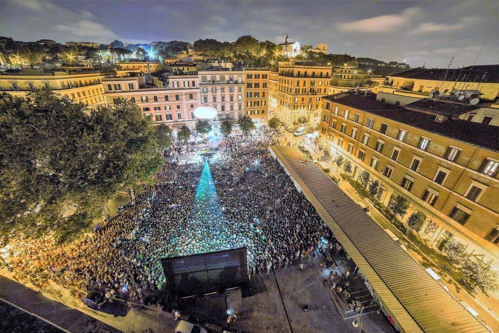 Piazza San Cosimato.jpg