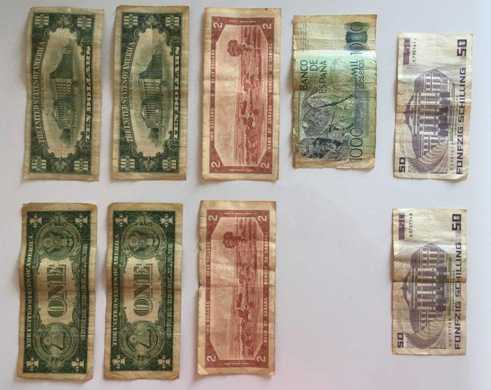 banconote - retro.jpeg