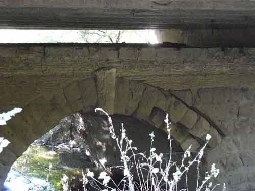 Ponte romano della Via Ostiense a tre arcate.djpg.jpg