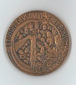 xfoto-medaglia-ufficiale-per-il-VII-anno-di-pontificato-003-268x297.jpg.pagespeed.ic.dJEdy3Q9Cc.jpg