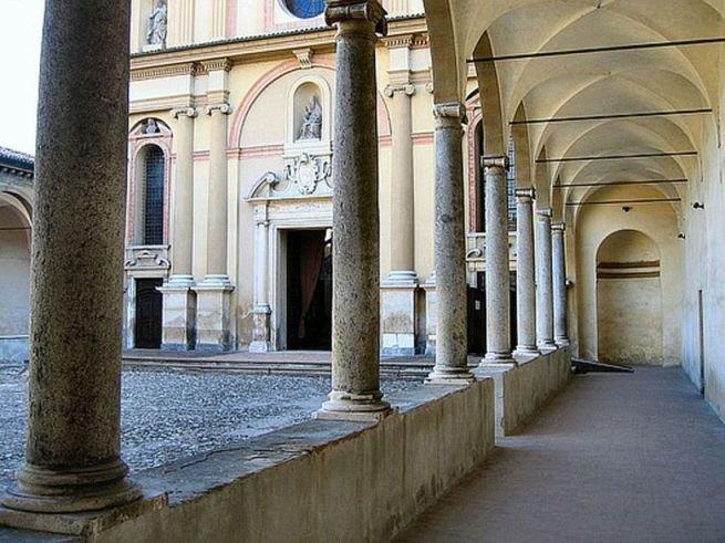306 Piacenza San Sisto interno.jpg
