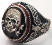 ww2-german-nazi-waffen-ss-totenkopf-silver-ring-ss-runes-engraved-and-silver-800.jpg.c61a0e13134a67d14ec13e3880bc6cf2.jpg