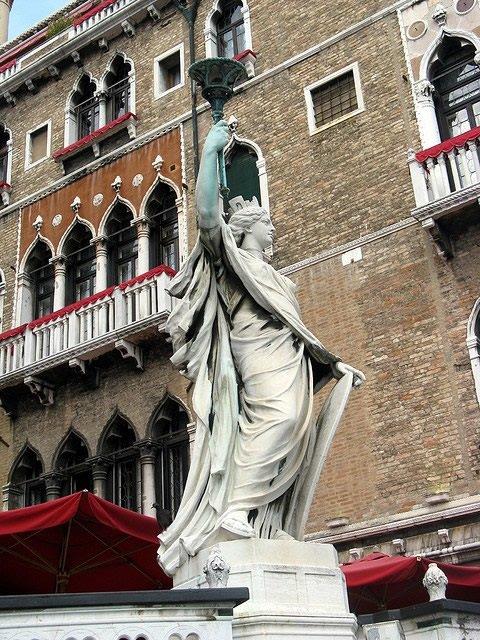 Lorenzetti-1898.jpg