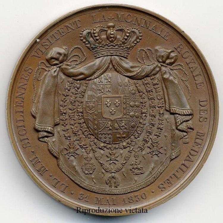 MEDAGLIA 1830 PER LA VISITA DEI REALI DI NAPOLI ALLA ZECCA PARIGI rov.JPG