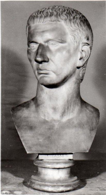 busto-ritratto-di-caio-cassio-longino-di-bogliani-giuseppe-1805-1881--codice-01-00168496.jpg