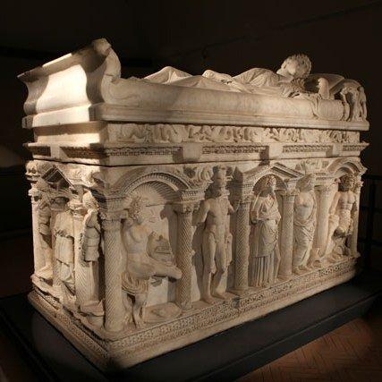 sarcofago8.jpg