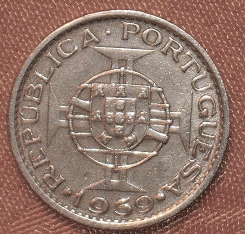 India Portoghese 60 centavos 1959 d.JPG