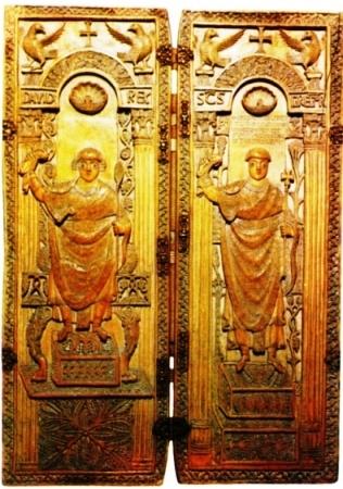 411 dittico di Gregorio Magno Monza.jpg