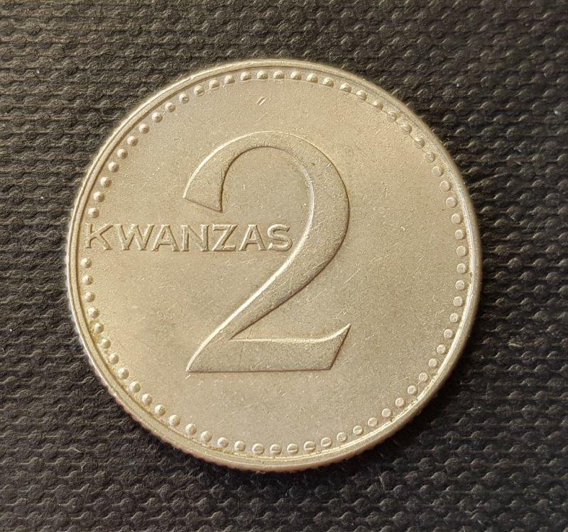 1125643716_Angola2kwanzasF.thumb.jpg.80551a3548049353cdaf55dd05605901.jpg