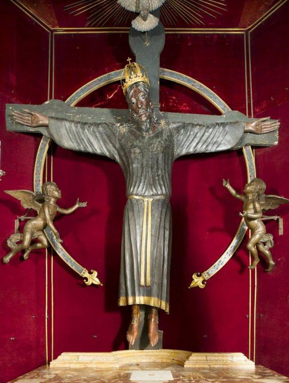 Cnr-il-Volto-Santo-di-Lucca-e-scultura-dell-VIII-IX-secolo-d.C_articleimage.jpg