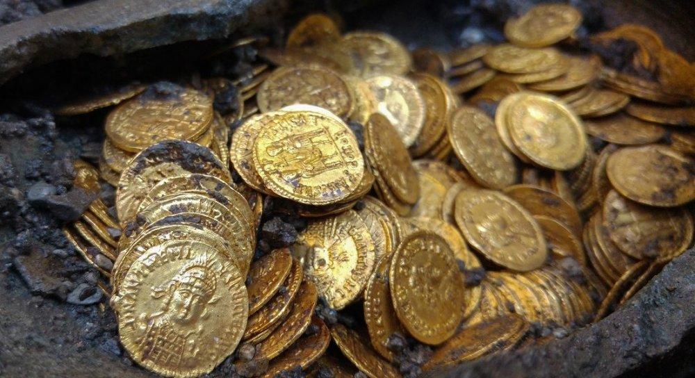 monete-doro-di-como-1104x600.jpg